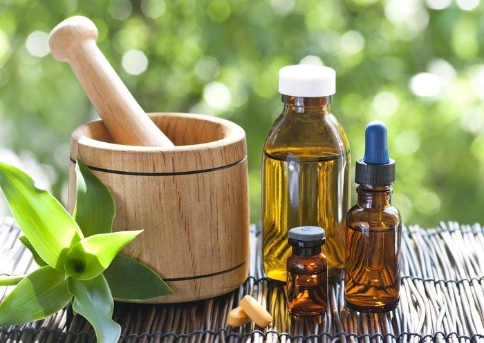 Vidros contendo medicamentos homeopáticos