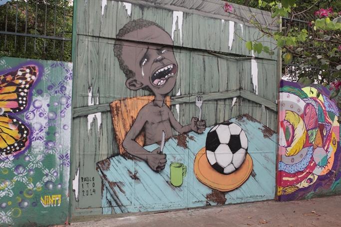 O grafite do menino faminto de Paulo Ito teve repercussão internacional