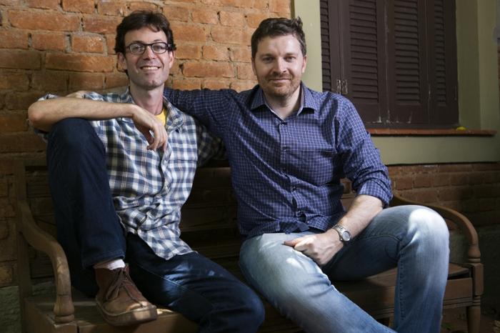 Mikael Linder e André Melman, fundadores do projeto Farofa.lá