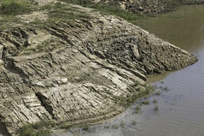 Assoreamento da represa