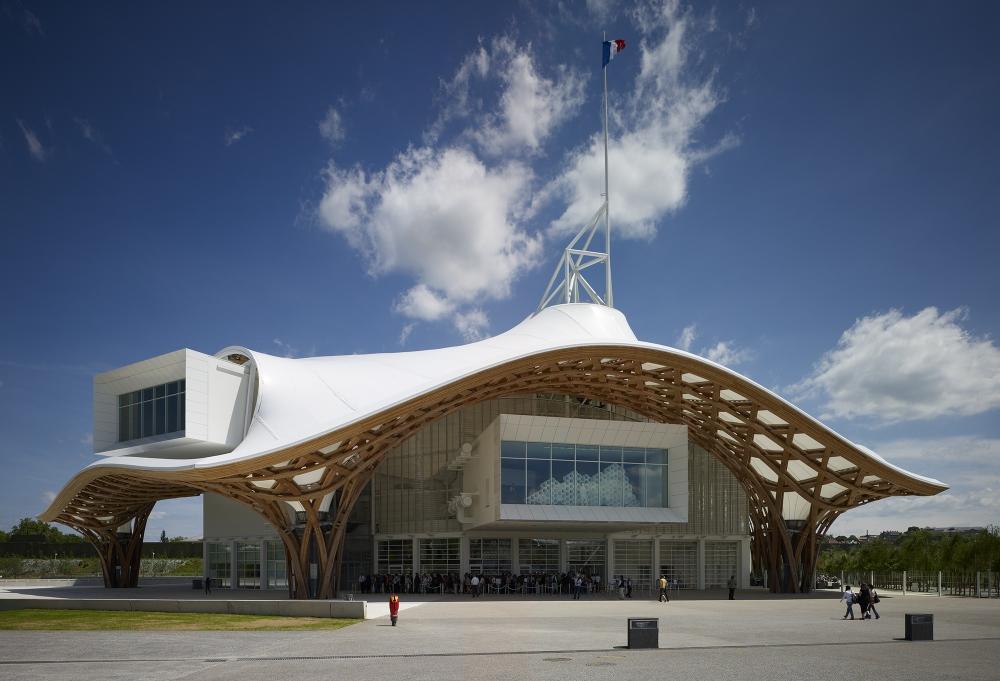 Visão externa do Centro Pompidou-Metz em Metz, França