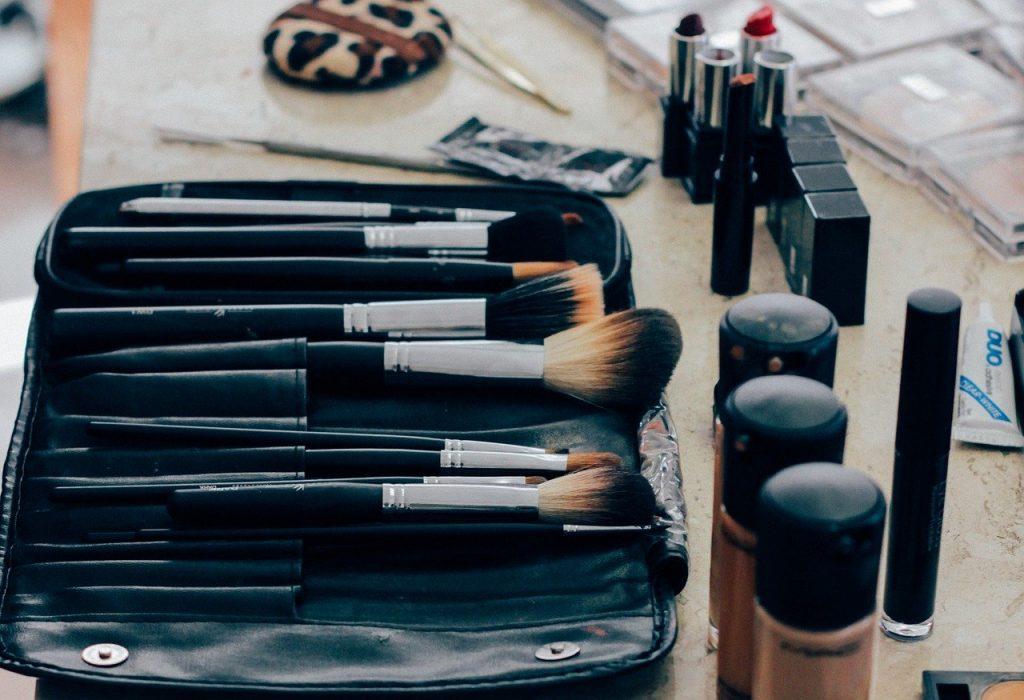 cosméticos tóxicos para a pele