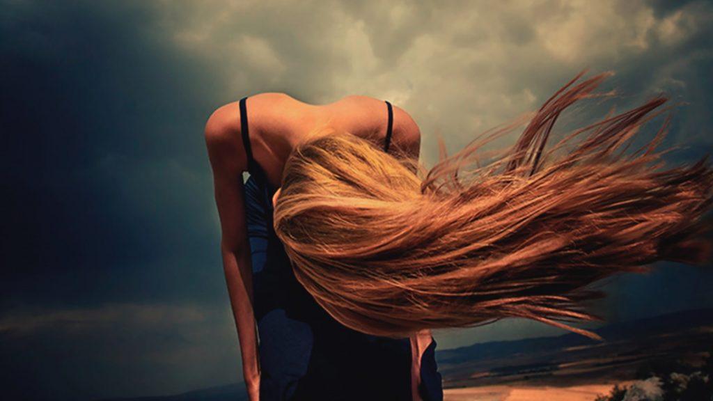 descubra a causa da queda de cabelo