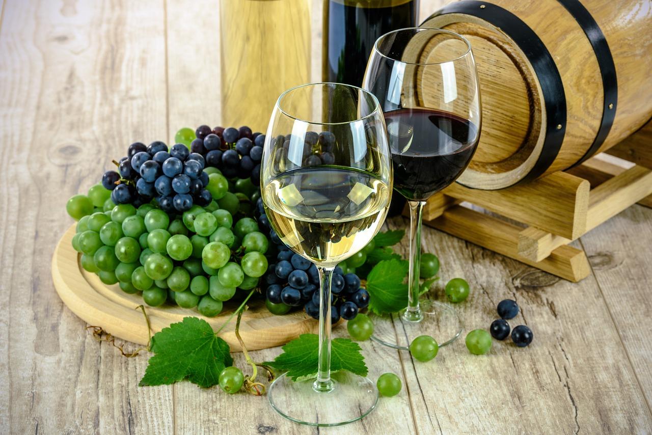 benefícios do vinho