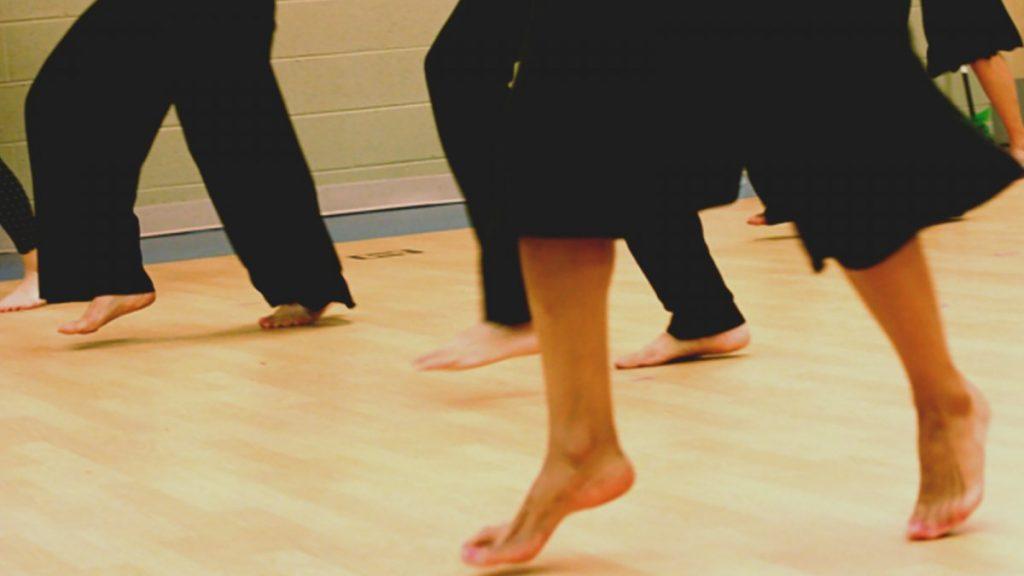 o que é yoga dance