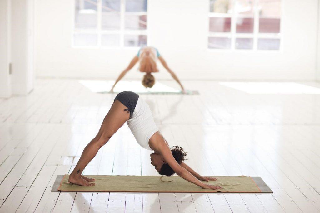 benefícios do hatha yoga