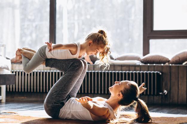 praticar yoga em casa